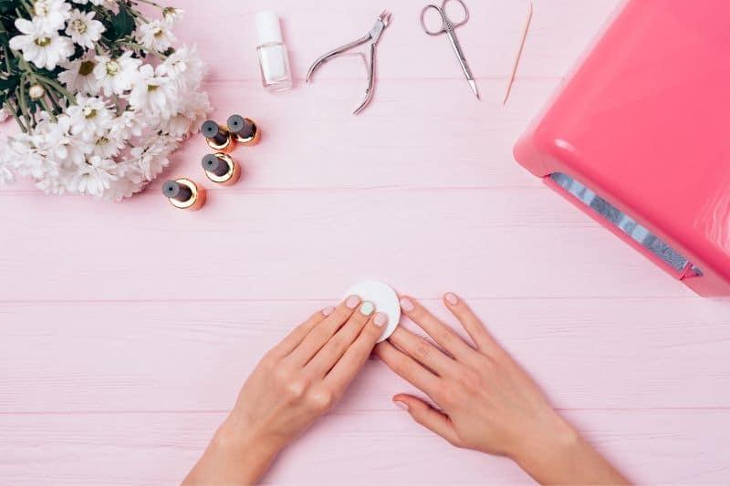 Remove polish from acrylic nails